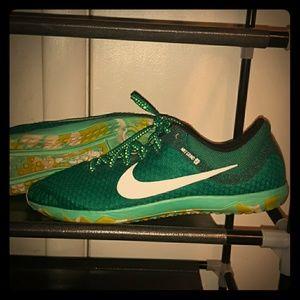 Women's NIKE Teal Green Size 9 Lightweight Sneaker